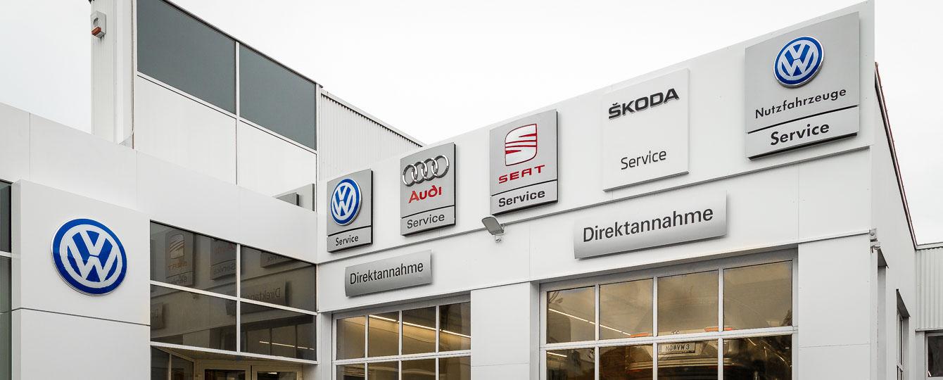 Autohaus Narowetz, Ihr Spezialist für VW, Audi, Skoda und Gebrauchtwagen im Bezirk Mödling. Unter den besten Werkstätten Österreichs (Redak. Alles Auto). Karosserie Fachwerstätte inkl. Lackiererei für alle Marken - Clever Repair Stützpunkt.